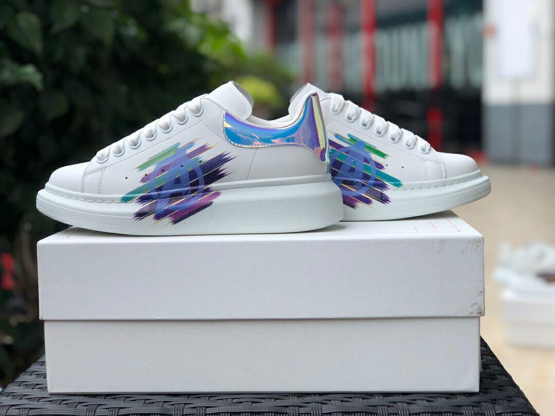 alexander         oversized sneaker mcuqueen white sneanker 1