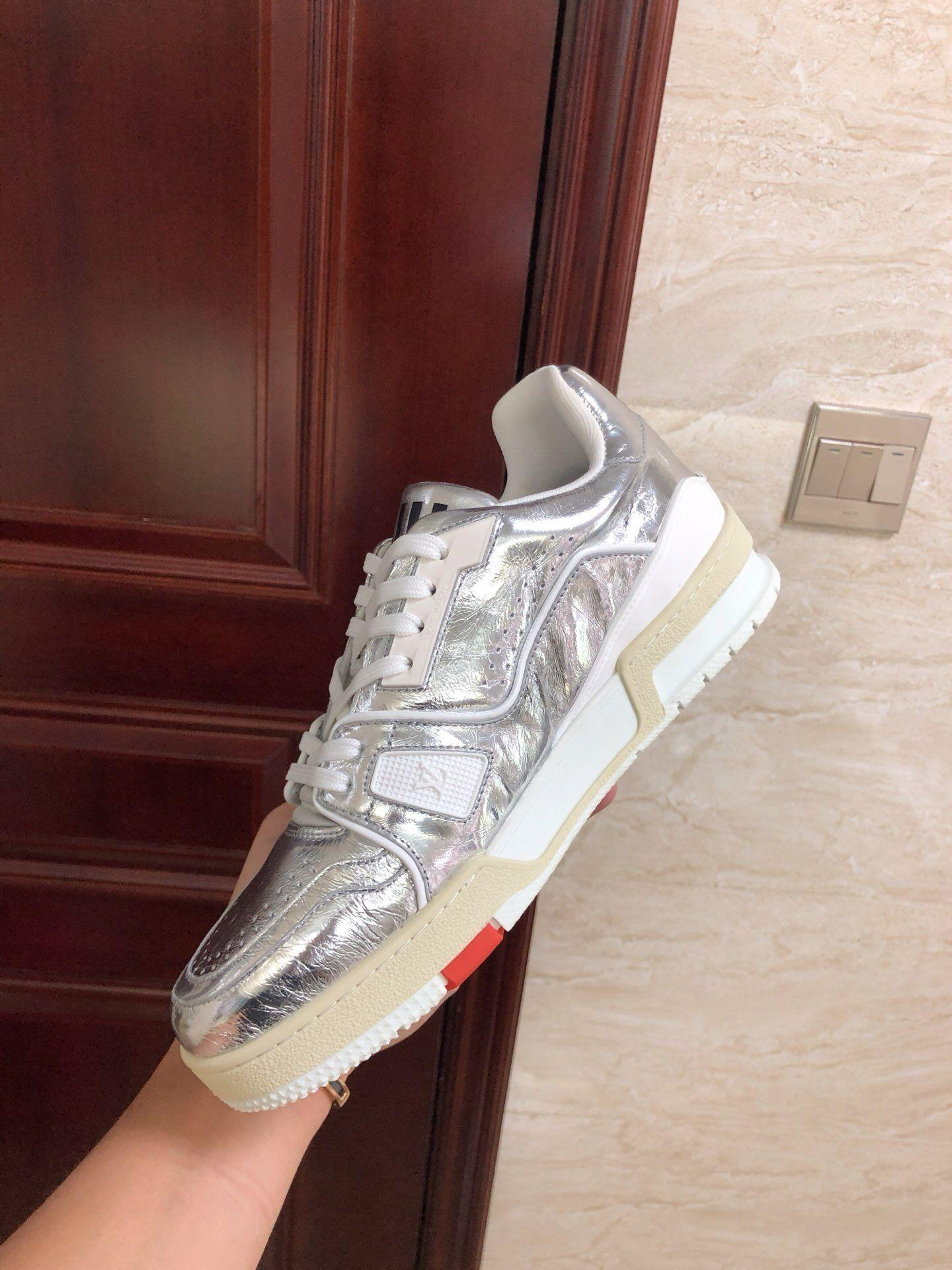 lv trainer sneaker Metallic leather silver lv men sneaker lv sneaker  4