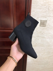 vo  er ankle boot  shaped heel black        boots