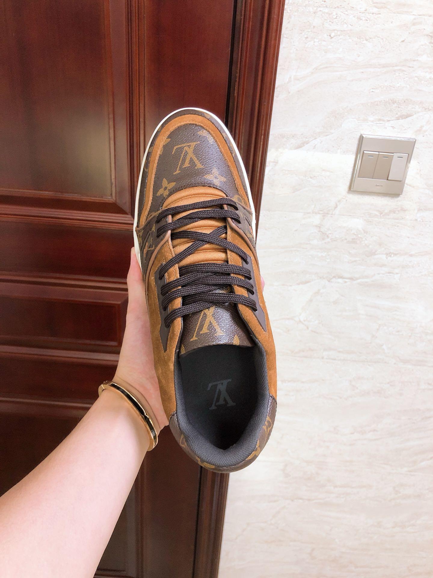 lv trainer sneaker 1A5UR7 lv men sneaker lv shoes Monogram canvas  lv men shoes  8