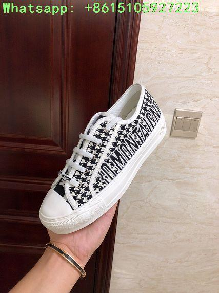 houndstooth sneaker in embroidered canvas      sneaker  9