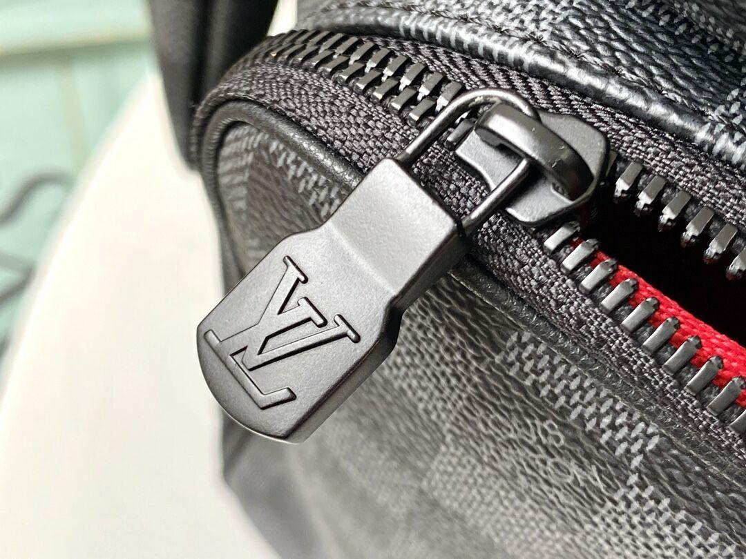 UTILITY BACKPACK    men backpack N40279  5