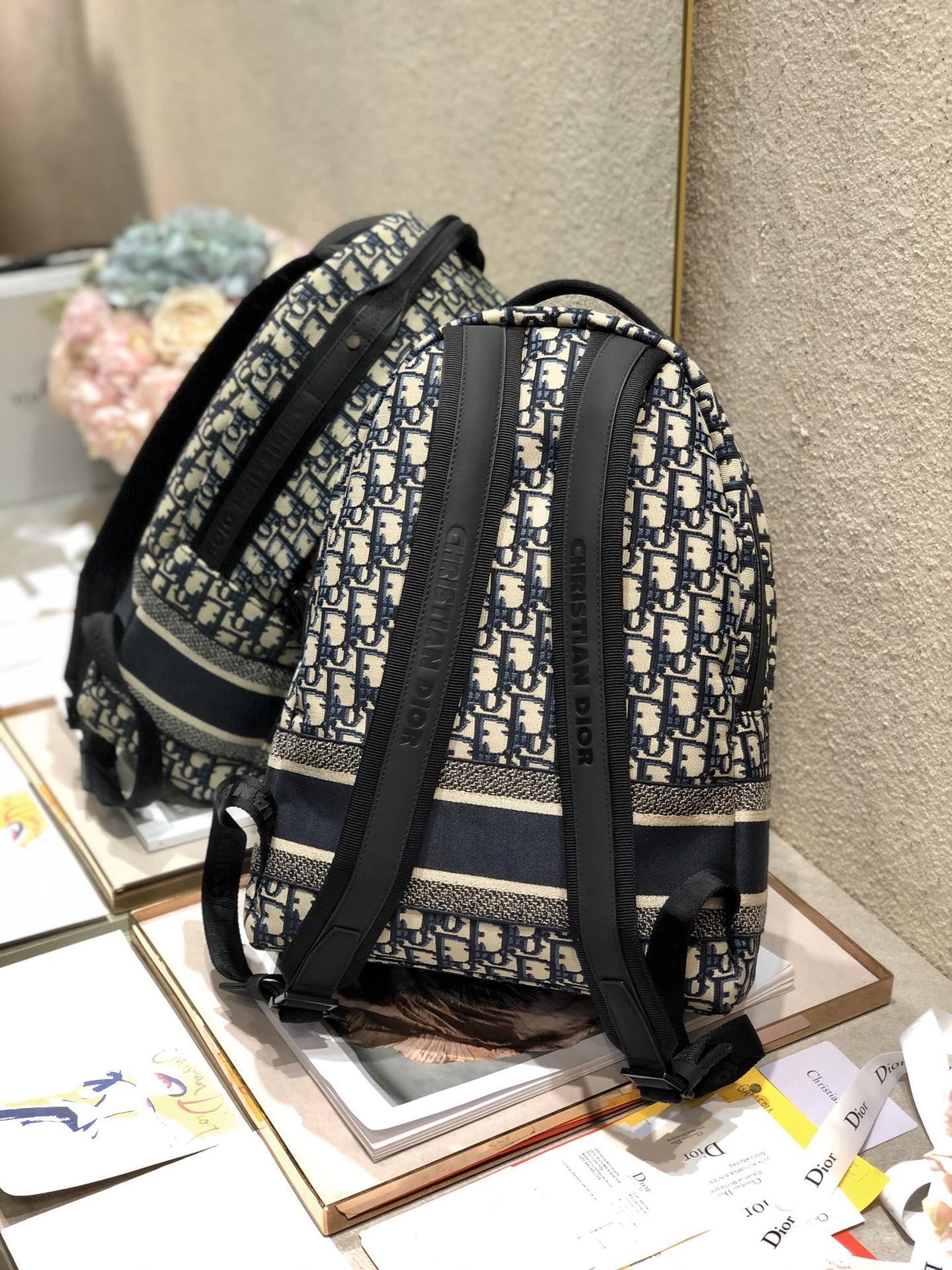 TRAVEL BACKPACK Blue      Oblique Jacquard      backpack  6
