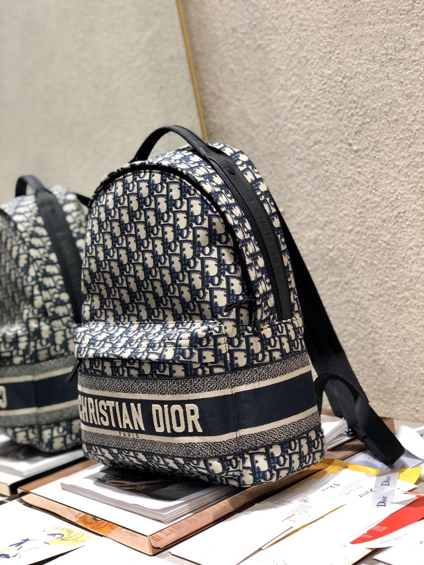 TRAVEL BACKPACK Blue      Oblique Jacquard      backpack  9