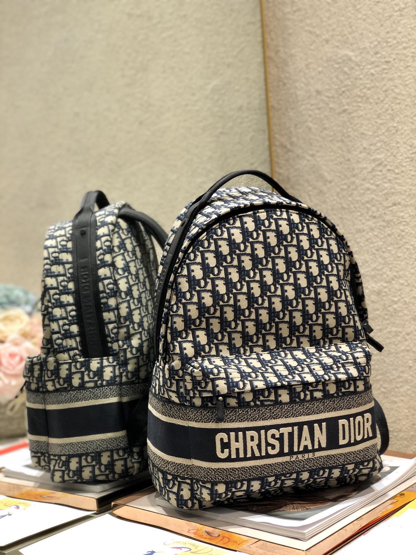 TRAVEL BACKPACK Blue      Oblique Jacquard      backpack  10