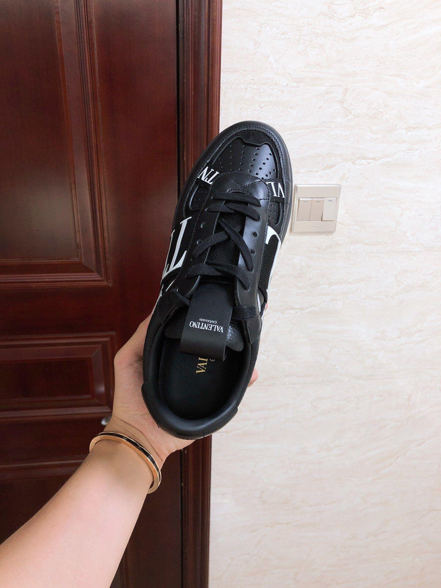 GARAVANI CALFSKIN VL7N SNEAKER WITH BANDS           shoes snekaer  8