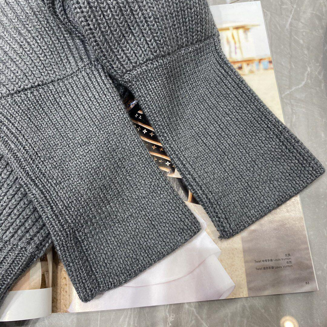 Newest    patch wool knit sweater    sweater 1A839G Grey  10