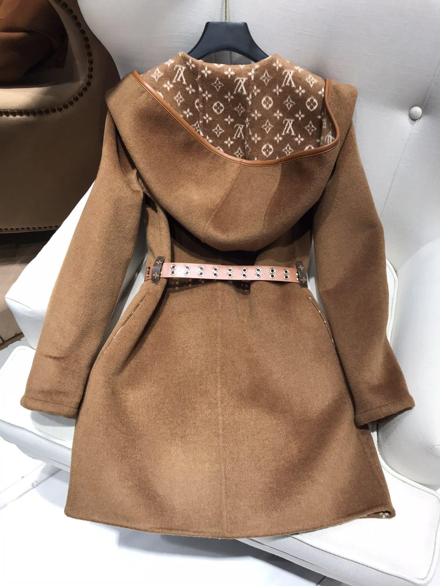 Newest wrap peacoat in wool and silk with monogram detailBiscotti  1A8260  6