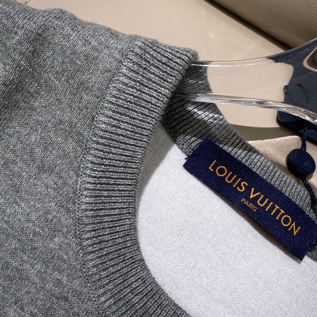 degrade monogram crewneck 1A8FHS    sweater    men sweater    grey sweater  8