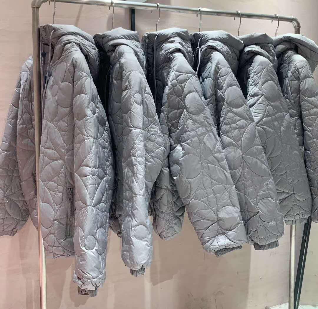 reversible monogram puffer jacket 1A7XO7 metal grey black    coat   5