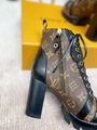 star trail ankle boot Patent Monogram canvas    boot 1A2Y7P 8