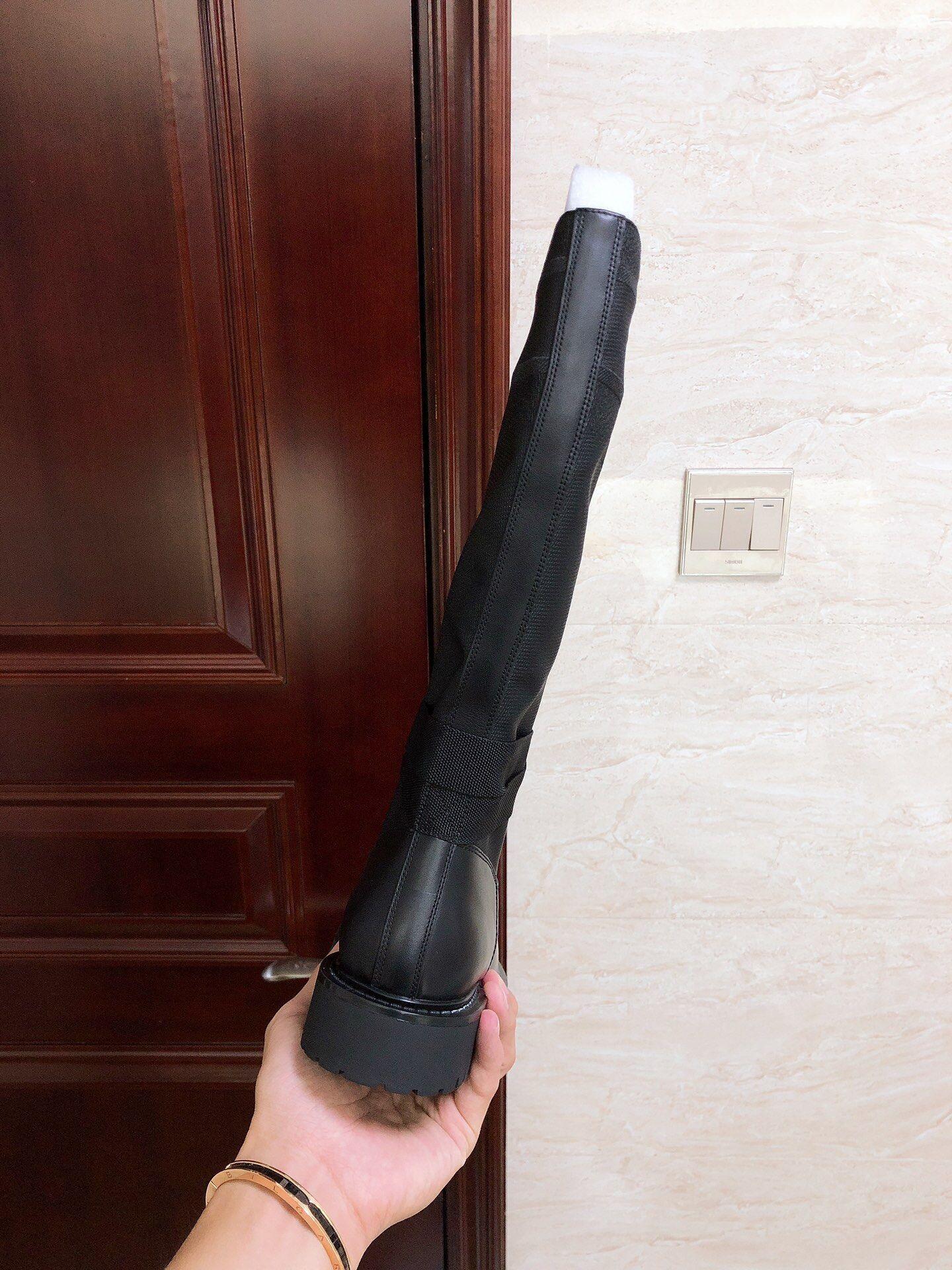 d major boot-black-technical-fabric-and-calfskin 11