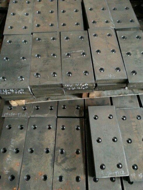 耐磨钢备件定制 14