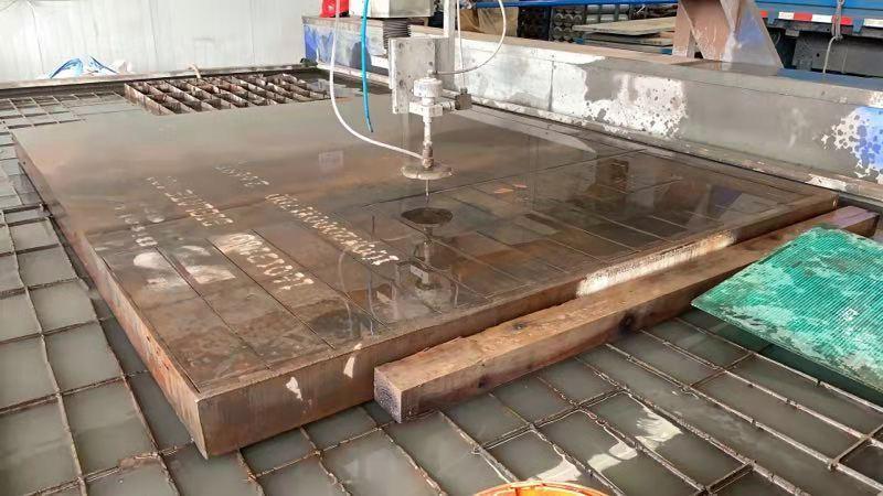 Wear-resistant steel parts 15