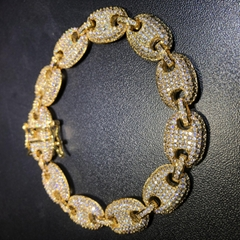 fantastic feeling of beauty and elegance 12mm Gold Iced Out G-Link Bracelet