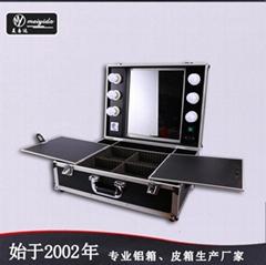 厂家带灯支架手提铝箱可拆拉杆爆款化妆师专用化妆箱