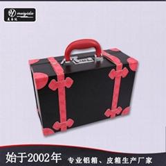 美易達新款大容量立體化妝箱個性韓版紋繡師美髮工具箱