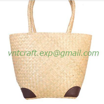 selling sea grass handwoven fashion bag 1