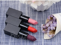 Best selling cosmetics tube organic vegan matte private label lipstick