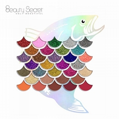 Mermaid Shell Shape High Pigmented Glitter Eyeshadow 32 Color Eyeshadow Palette