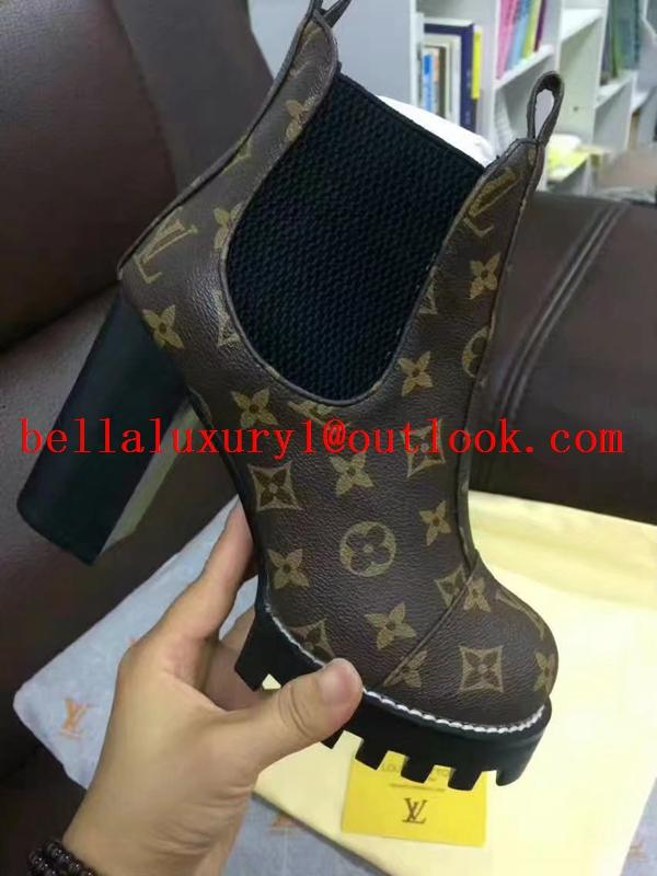 Louis Vuitton Laureate Platform Desert Women Boot lace up fashion boots cheap 20