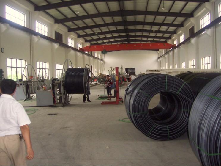 河南新鄉專業生產多口徑HDPE硅芯管廠家直銷 2