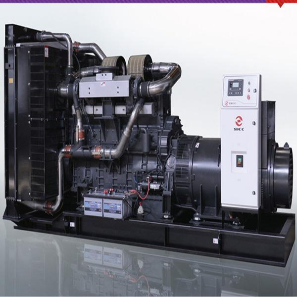 800KW上柴柴油发电机组发电机提供 1