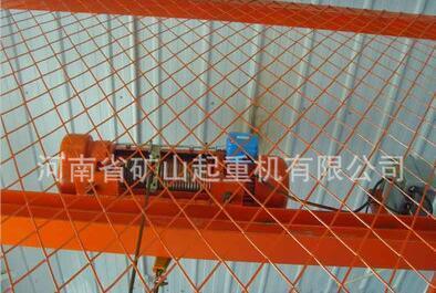 货梯用电动葫芦 1