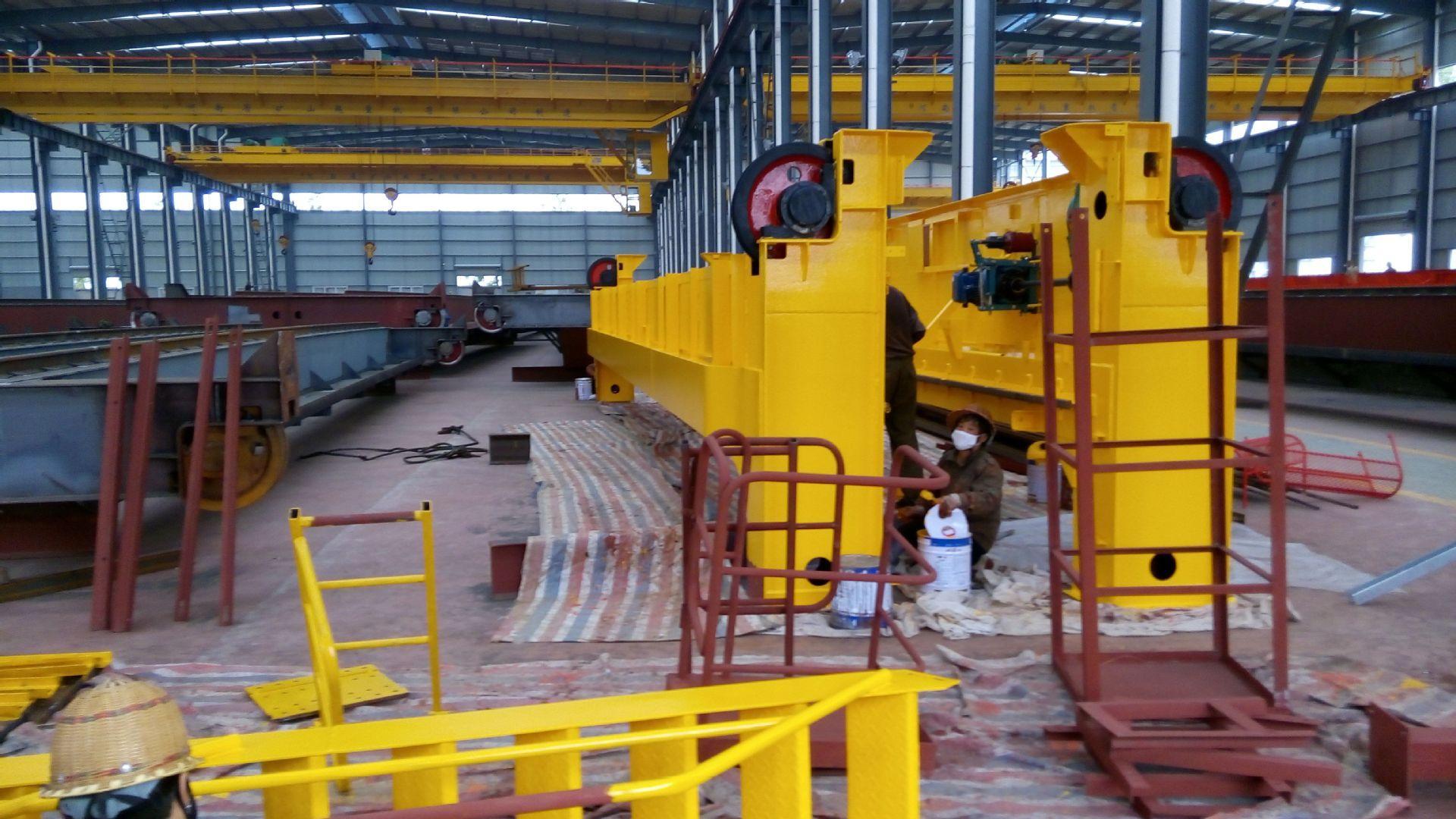 QD型32/5吨吊钩桥式双梁起重机QD32/5-21.5/22.5/23.5M河南矿山 4