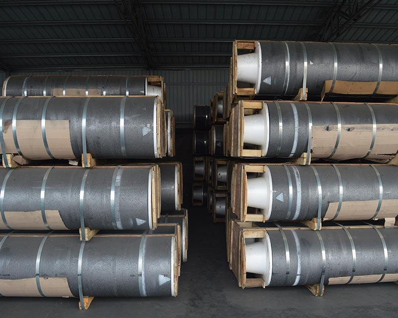 UHP Graphite Electrode For Steel Making With Low Consumption Rate 1