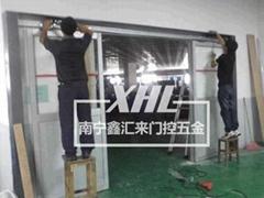 南寧維修玻璃門