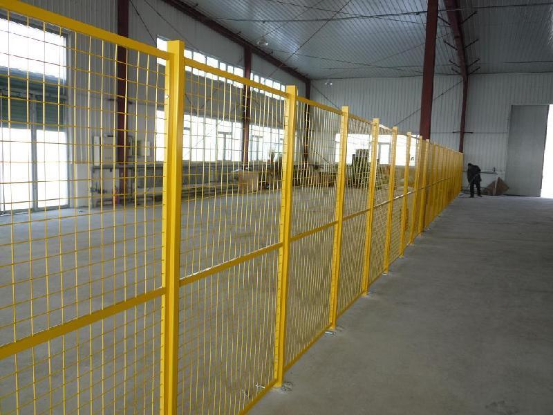 DH211型深圳鐵絲網圍欄