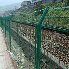 鐵路基建專用DH213型深圳鐵絲網圍欄