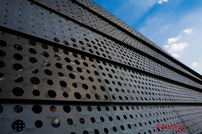 华高建材外墙铝单板厂家直销 4