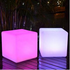 High Quality PE LED Cube