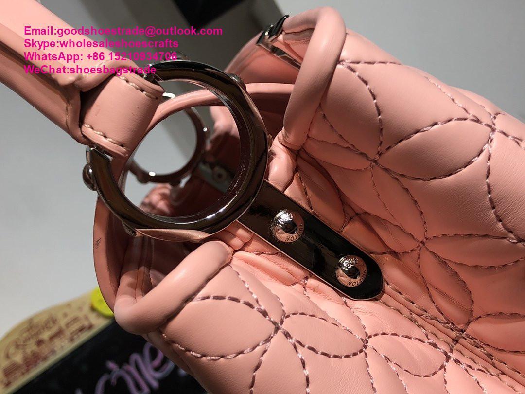 Louis Vuitton capucines PM handbags LV handbag 2020 New arrival handbag LV purse 6