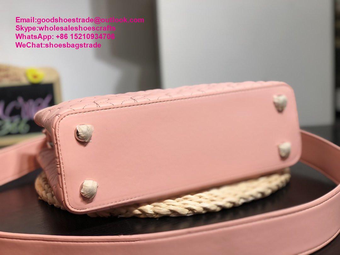 Louis Vuitton capucines PM handbags LV handbag 2020 New arrival handbag LV purse 7