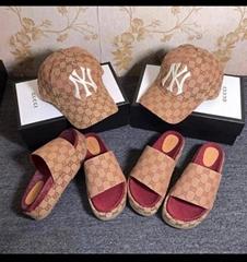 gucci beige brick red GG canvas Women's GG slide sandal gucci platform sandals