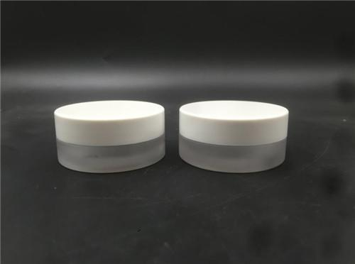 2019 China Competitive Manufacturer cosmetic round jar screw glass bottle 15G 1