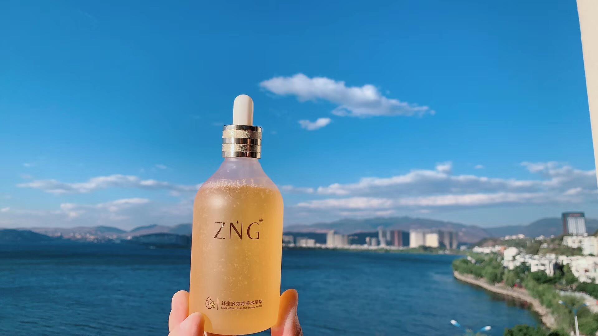 ZNG 蜂蜜多效奇蹟水精華液 4