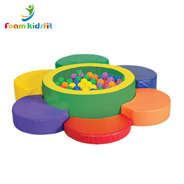 High quality colorful big foam  indoor soft play ball pit kid's ball pool for  2