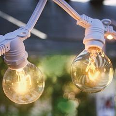 Outdoor commercial weatherproof string light
