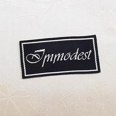 Fashion Customized sewing labels Shirt Bags garment label tag Woven Labels  1