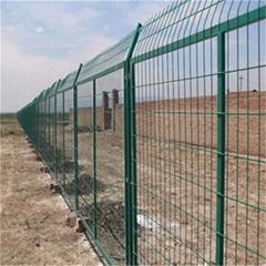 寧波鐵路護欄網浸塑鋼絲網圍欄