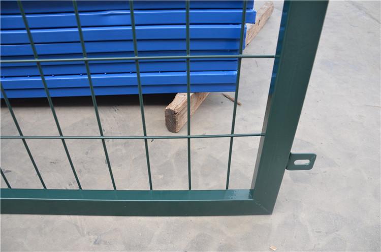 高铁桥下防护栅栏金属网片 电焊浸塑绿网 3