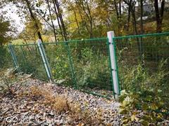 框架护栏金属网片 公路隔离栅栏网片