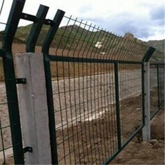 铁路防护栅栏金属网片 铁路隔离栅