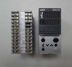 山武温控表 azbil C25TC0UA1200 数字调节器 SDC25系列