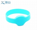 Closed Round Head 125khz LF Swimming Pool RFID Wristband  3