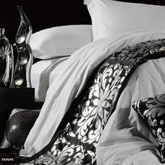 可定製床尾巾